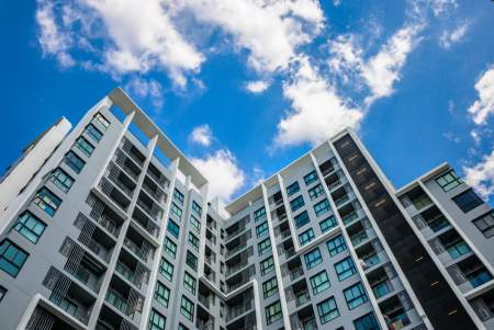 Buying a Condominium or Single-Family Home – What's the Difference?