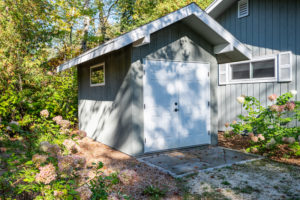 Love 6576 Hwy 57 garden shed